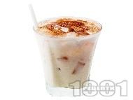 Коктейл Любовен еликсир (Elexir of love) с бял ром, сметана, ликьор какао и амарето
